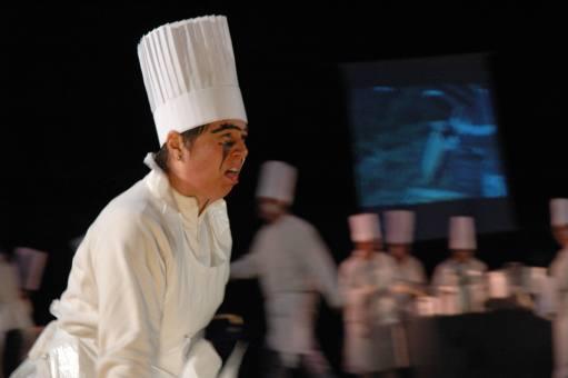 """""""Miam !"""" Séquence cuisine. Martine Andreux."""