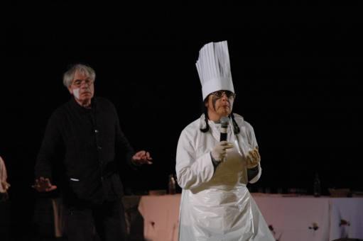 """""""Miam !"""" Séquence cuisine. Odile Rivière, Yvon Davis."""