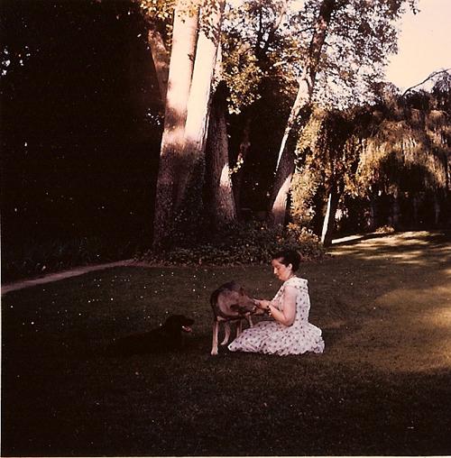 Colete Bonzo, en 1966, à Saclas, dans l'Essonne.