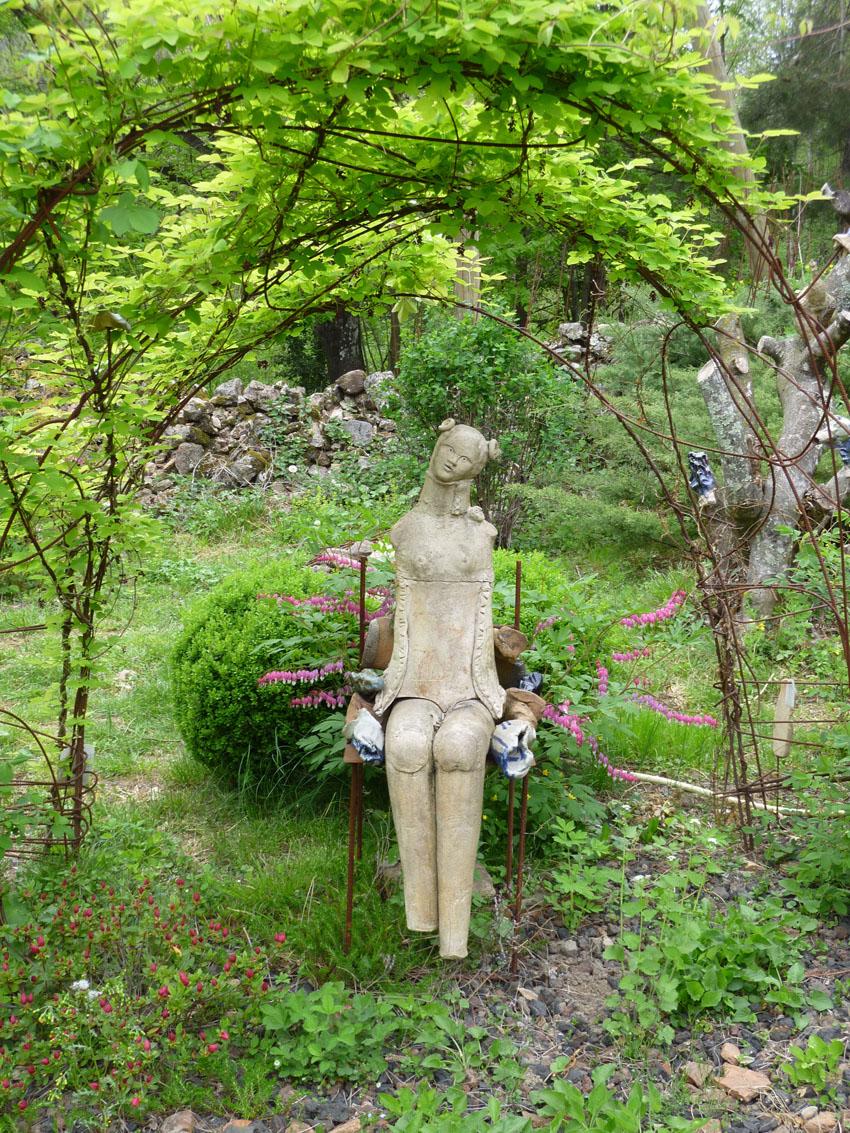 Ch teau du pin jardin remarquable sculpture de martine for Jardin remarquable