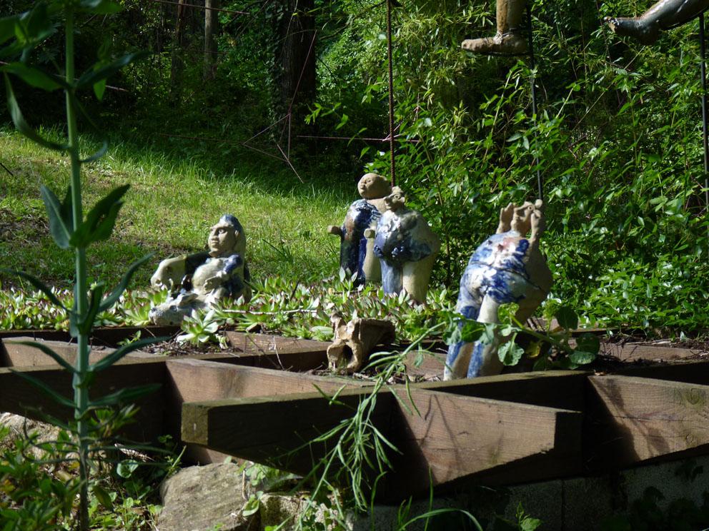 Nains de jardin, céramiques de Martine Diersé.