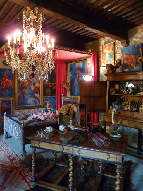 """""""La chambre des merveilles"""", cabinet de curiosités, Château du Pin, 2013."""